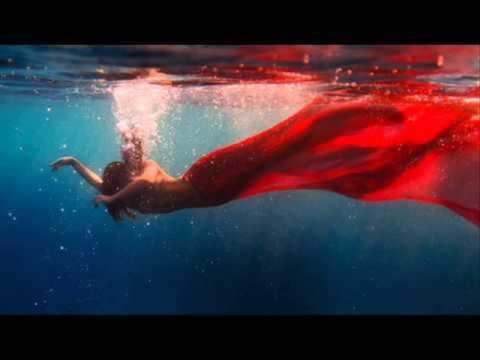 Delerium Feat Roni - Under Water ()