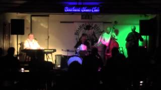 Live at Boarhunt blues club