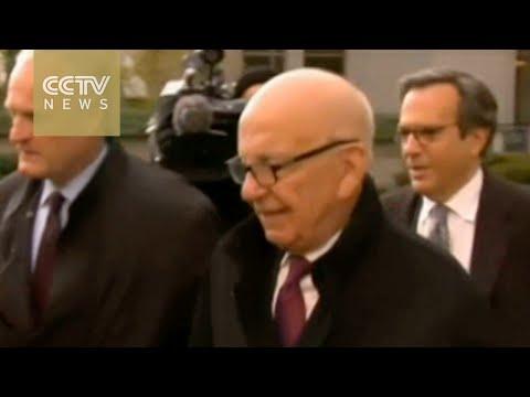 Murdoch steps down at 21st Century Fox