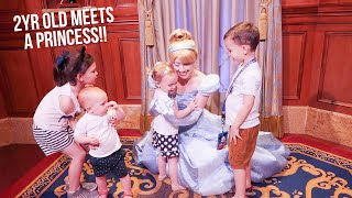 2YR OLD MEETS A PRINCESS AT DISNEY WORLD (her first time)