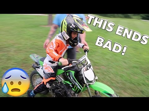 Thumbnail: 7 YEAR OLD DIRTBIKE CRASH!