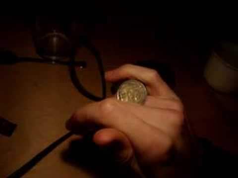 coin knuckle roll