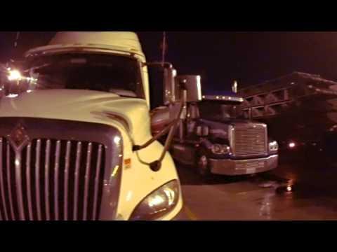 3552 Beautiful American Trucks at the Petro
