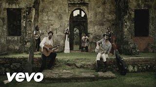 Смотреть клип Draco Rosa - Esto Es Vida Ft. Juan Luis Guerra