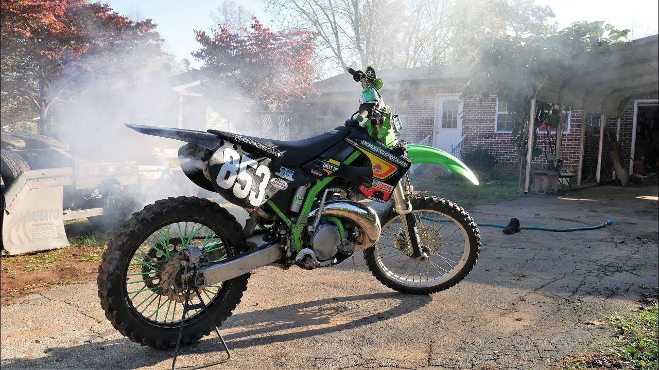 I bought my First Bike! 1000$ KX 250 2 stroke Is it clapped?