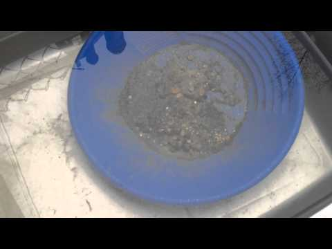Thermal City Gold Concentrate Panning 3 of 6