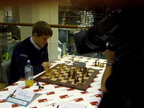 Magnus Carlsen vs. Hikaru Nakamura in Blitz Norway 2009 Final: Match 4/4