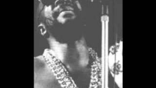 Isaac Hayes - A few more kisses to go