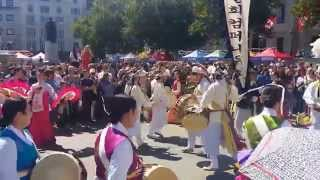 Video Traditional Korean Music Performance at London Korean Festival 20150809 download MP3, 3GP, MP4, WEBM, AVI, FLV September 2017