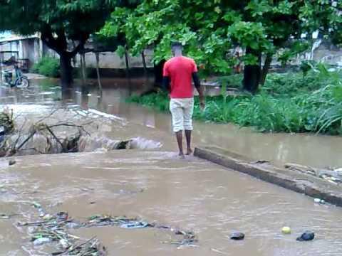 Kpalimé ville: crue de AGBASSANDI 07/09/09