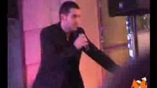 Shayne Ward - Breathless live (from Musiconscene.com)