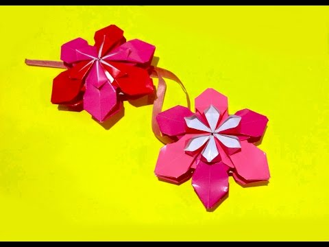 Origami flower ornament. Christmas ornaments. DIY house decor. Amazing DIY necklace.
