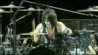 KISS - She / Tommy Thayer Guitar Solo - Rock The Nation Tour - original Sound