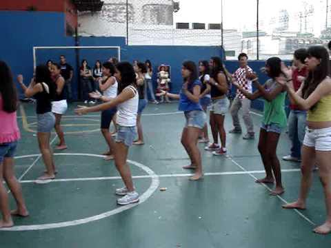 6º ano ao 2º médio Axé Dança da Mãozinha Tchakabum