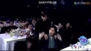 161210_◇GOT7◇ Jackson won Best Variety Star in Tencent Video Awards 💪👏 thumbnail