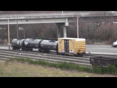 Kicking freight cars at Delta Yard, Everett, WA, 1-11-2011