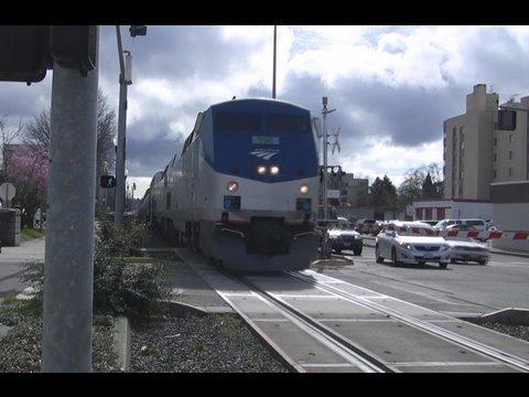 (HD)Amtrak's#115 Coast Starlight (3-20-09) Salem Oregon
