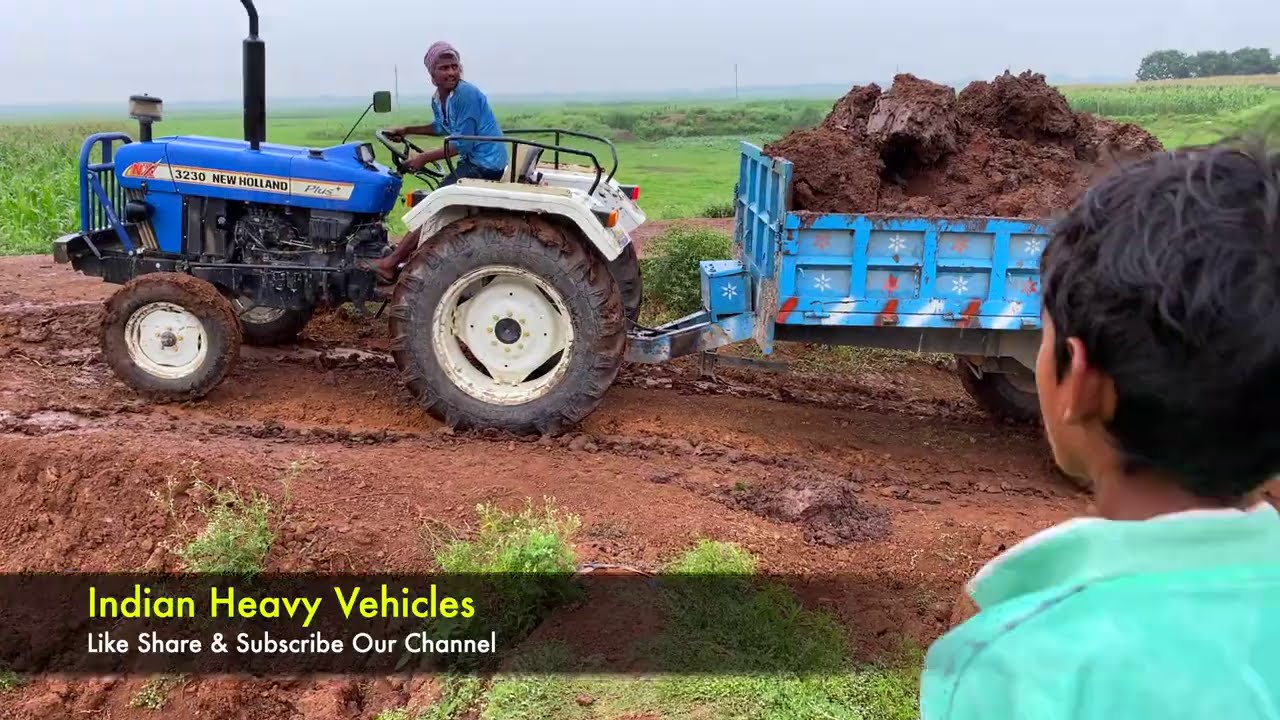 3230 New Holland Tractor Struggles In Dirt Road - Tractor Videos | Indian Heavy Vehicles.