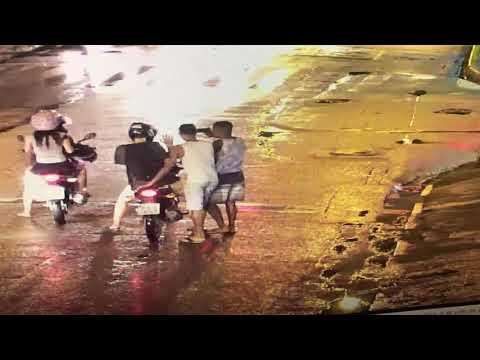 Impressionante!!! Roubo A Motociclista Por Dois Assaltantes Armados Na Av. Doutor José Rufino