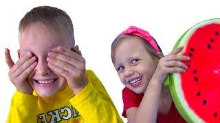 Peek a Boo Canción Infantil   Canciones Infantiles con Alex y Nastya