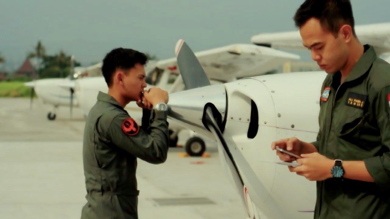 Bandung Pilot Academy Film Dokumenter Youtube