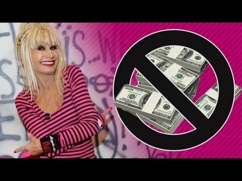 betsey-johnson-files-for-bankruptcy!