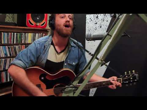 Dan Auerbach - Waiting On a Song - Live on Lightning 100