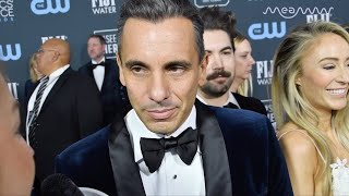 Critics' Choice Awards: Scorsese Wanted To See Sebastian Maniscalco's Wig On 'The Irishman' | MEAWW