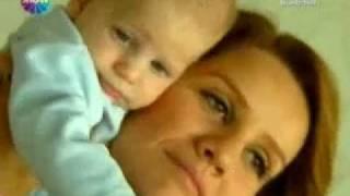 Esra Erol ve bebegi ile özel röportaj ..