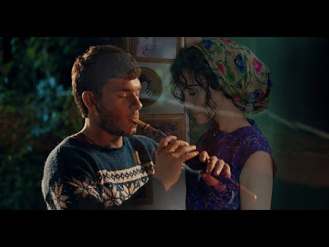 Lilit Hovhannisyan & Gevorg Ayvazyan  -  Hin Chanaparhov [Armenian Music]