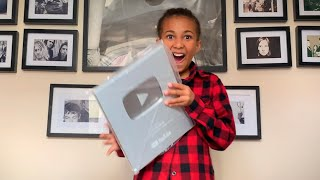 10 year old unboxes her YouTube Creator Award!
