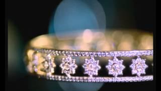 Sparkling diamond jewelries by Waman Hari Pethe Sons