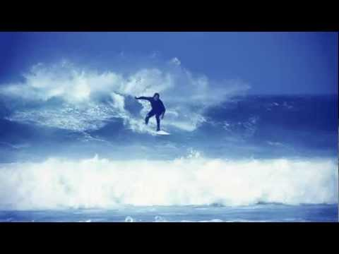 Surfing Fistral Beach Newquay - Sick offshore Waves - Local surfers ripping