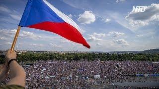 250 тысяч жителей Чехии потребовали от премьера уйти в отставку