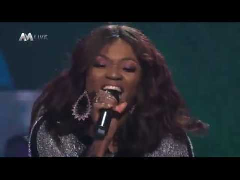 Brimaxx TV: Team Waje performing In The Air on the Voice Nigeria 2017