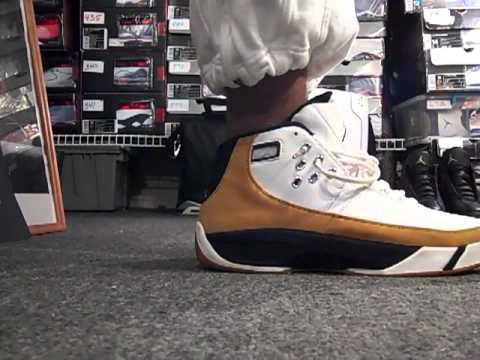 12-16-2010 Shoe #213 of 677 Jordan shoes. The 2005 JORDAN WORK'M