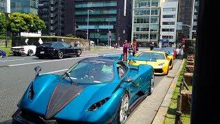 今日青山通りでスーパーカーだらけになっていました。ランボルギーニや...
