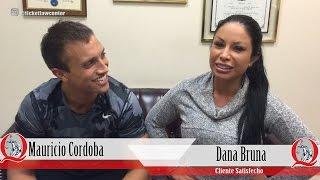 Los conocidos modelos DANA BRUNA y MAURICIO CÓRDOBA visitan la oficina del abogado Albert Quirantes