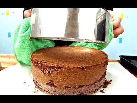 genoise-au-chocolat-pour-gateau-d'anniversaire