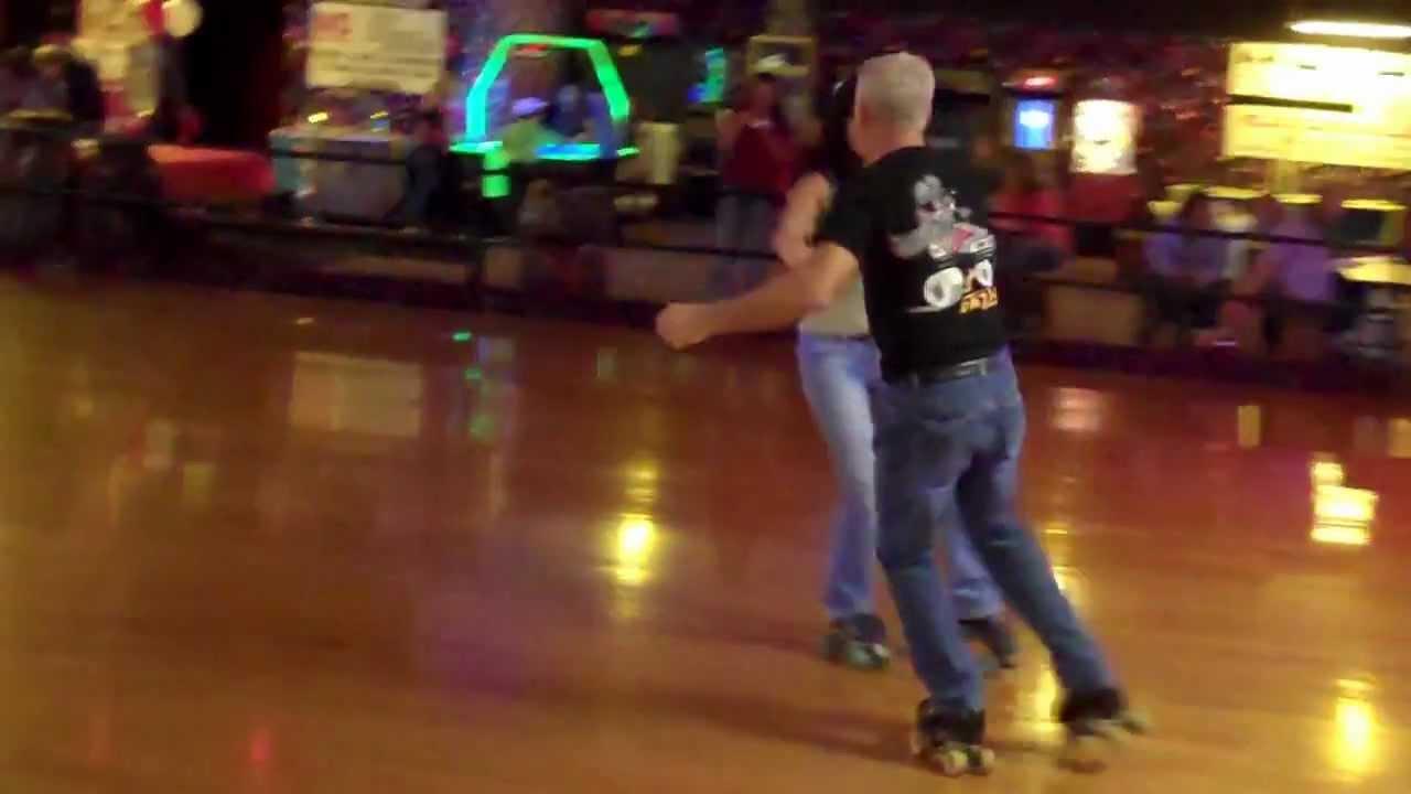 Roller skates dance - Roller Skate Couple Skating Dance Skate Not Jam Skate