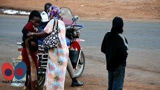 WANAWAKE WAVUANA NGUO HADHARANI KWA SABABU YA DENI YA 500