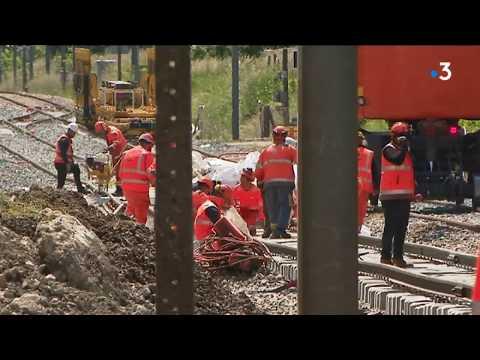SNCF. Travaux Impressionnants En Gares De Saint-André-le-Gaz Et Bourgoin-Jallieu En Isère