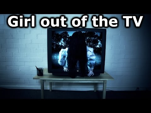 Girl out of the TV After Effects Tutorial - The Ring Samara