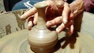 Kerajinan primitif,cara orang primitif membuat kerajinan dari tanah liat