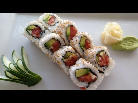 Sushi spicy tuna roll recipe - YouTube