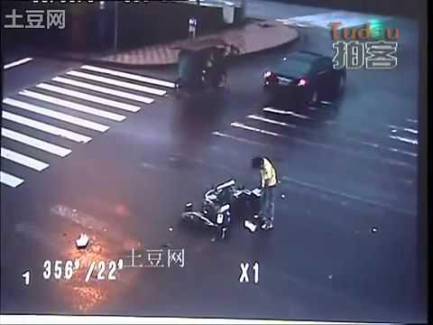 Dùng kungfu thoát chết trong tích tắc - Z.KA.flv