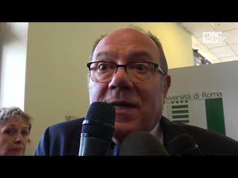 """Scandalo Brizzi, Verdone: """"I registi seri i provini li fanno in ufficio non a casa"""""""