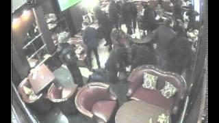 Охрана полпреда Чечни Рамзана Цицулаева отбивает его от оперативников