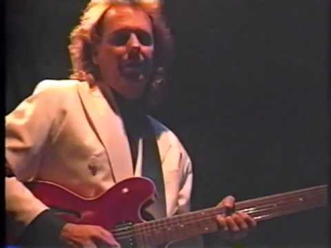 Fourplay with Lee Ritenour   Bali Run   Live In Blue Note Tokyo '91