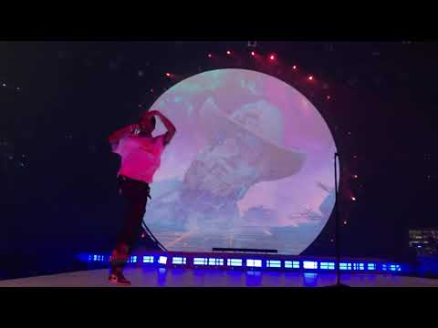 7 - Upper Echelon, Skyfall, & through the late night (FAN STAGEDIVES) - Travis Scott (LIVE NC '18)